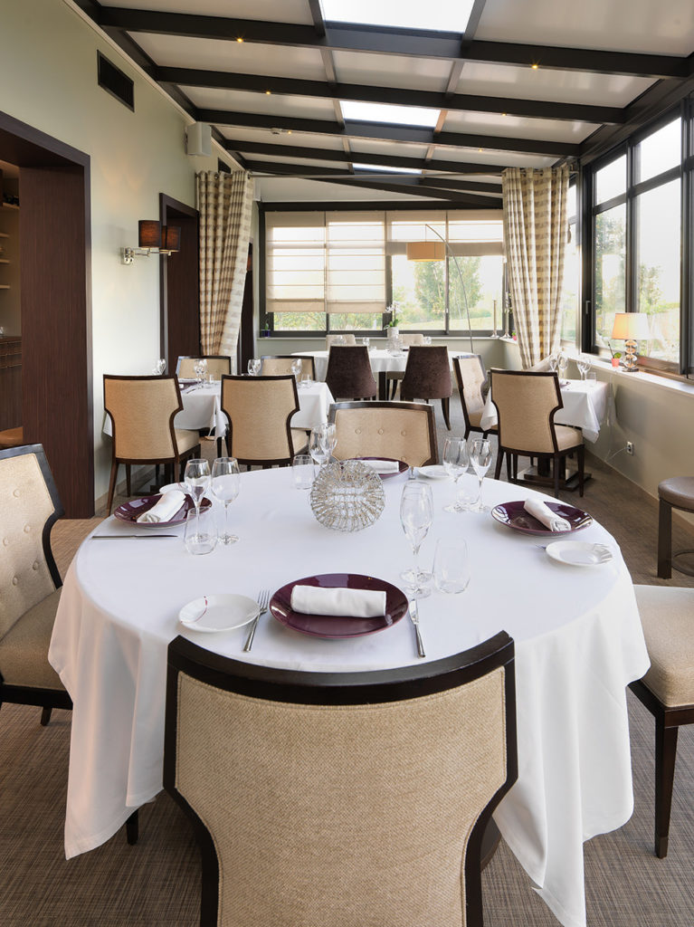 Véranda - Hotel Restaurant Les Grains d'Argent