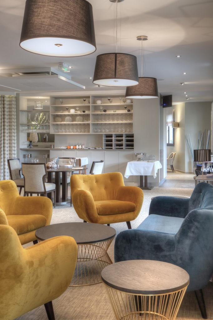 La cuisine de clément - Canapé fauteuil bar - Hotel Restaurant Les Grains d'Argent