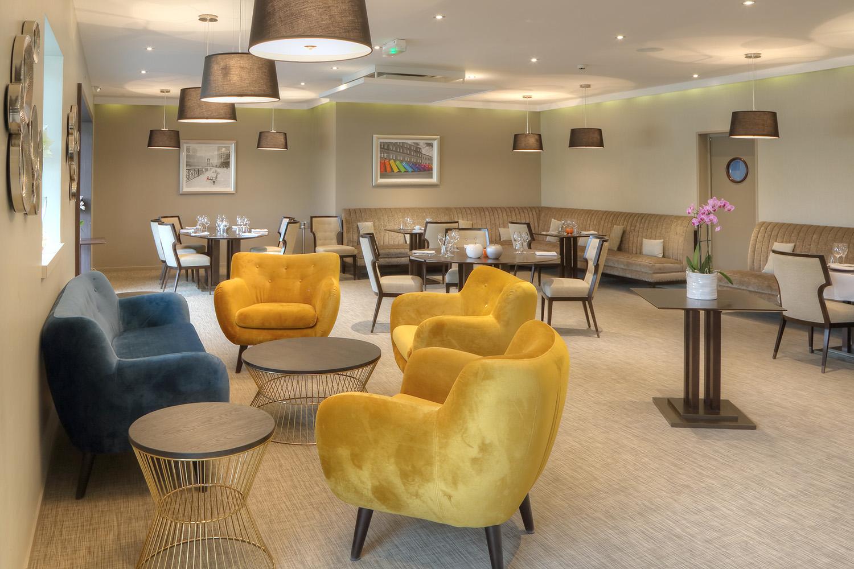 La cuisine de clément - Canapé fauteuil - Hotel Restaurant Les Grains d'Argent